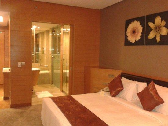 เดอะการ์เด้น โฮเต็ล แอนด์ เรสสิเดนซ์: Ultra modern, comfortable room