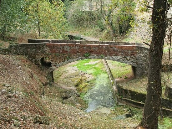 El Cul del Mon : le petit pont près du restaurant