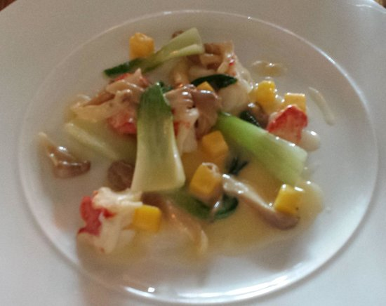 Crab & Boar Restaurant: Butter Poached Lobster, with Mango, Pak Choi, Oyster Mushrooms