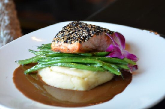 Sky Fine Dining: Salmon - delicious