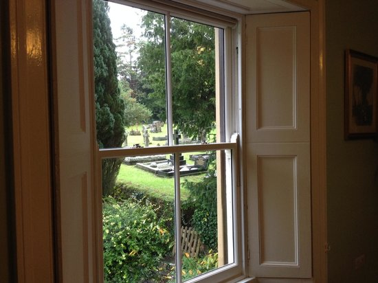 The Old Rectory Bed & Breakfast: View from the Green Room