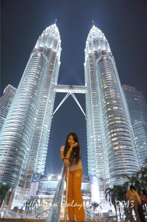 KLCC Park: Under the Twin towers