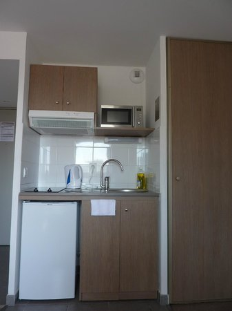 Appart'City Marseille Euromed: Kitchen Facility