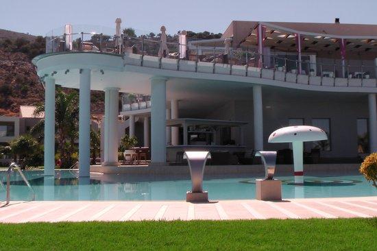 Royal Heights Resort: Lovely Hotel