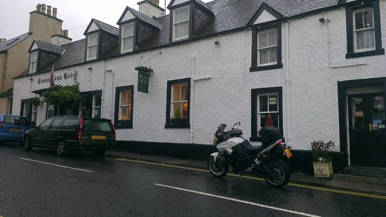 The Cross Keys Hotel : good old pub hotel