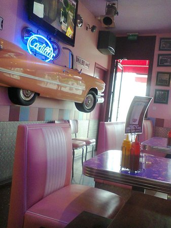 Edwood Café : Décoration de la salle