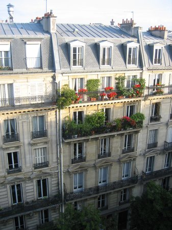 Paris France Hotel: Parisian view