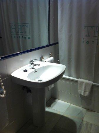 TRH BAEZA: Baño