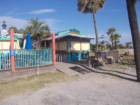 North Beach Bar & Grill: Entrance to North Beach Grill