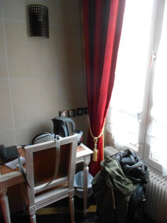 Hotel Aida Marais : Bollitore