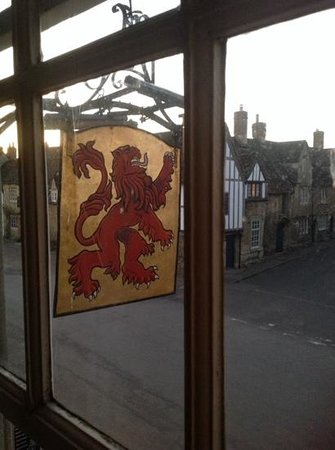 The Red Lion: Wonderful aspect!