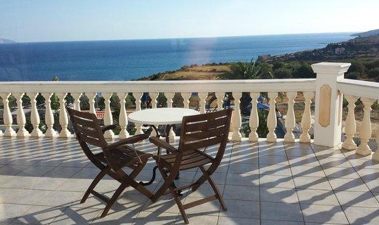Trapezaki Bay Hotel : Reception Balcony, looking back on departure.