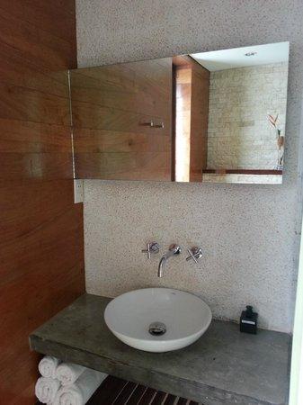 Pahuwayan Suites: toilet