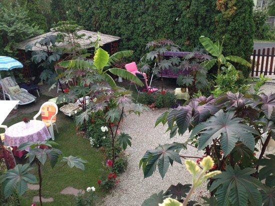Ilona Kis Kastely Panzio : Gartenansicht