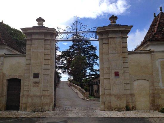 Château de Mercuès : Entrée du parc