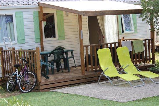 Parc Saint James Oasis Village : Mobil-home