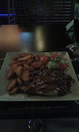 The Luna Bar: chicken in pepper sauce at luna bar