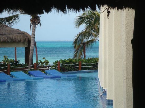 Mia Reef Isla Mujeres: Piscina