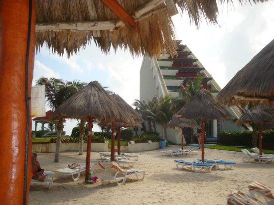 Mia Reef Isla Mujeres: Vista desde la playa