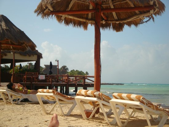 Mia Reef Isla Mujeres: Vista del comedor desde la playa