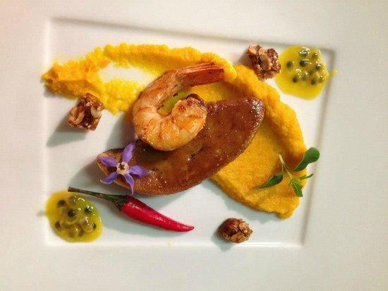 L'Eden : Foie gras de canard, gambas poeles (saveurs carottes, gingembre et passion)