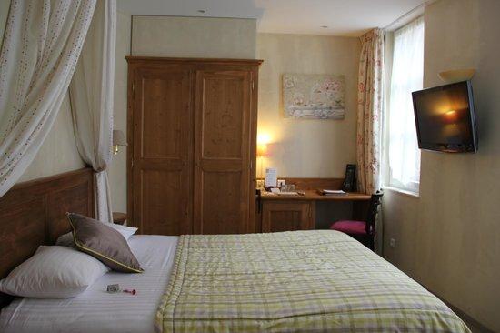 Hôtel Beaucour : Zimmer