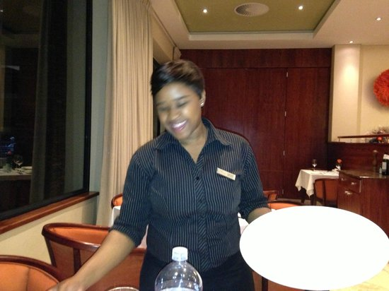 Premier Hotel Regent: A very knowledgeable waitress, excellent call on the wine