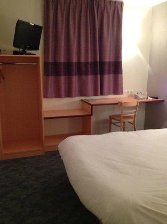 B&B Hôtel Vannes Ouest Golfe du Morbihan : bedroom
