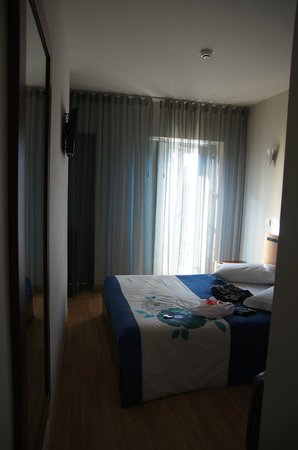Vivacity Porto: Room view from the entry door