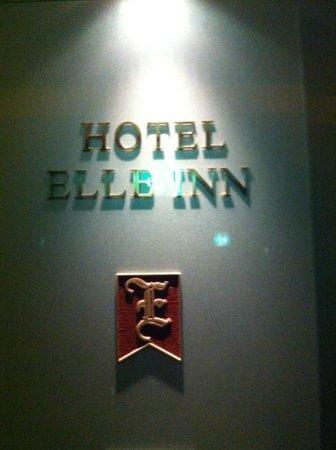 Hotel Elle Inn : Entrance
