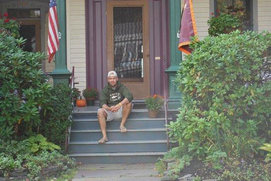 Lewis House: Porch
