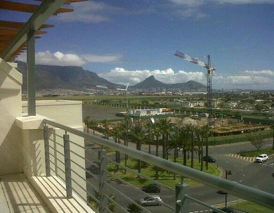 Colosseum Luxury Hotel : Cape Town's wonder...Table Mountain