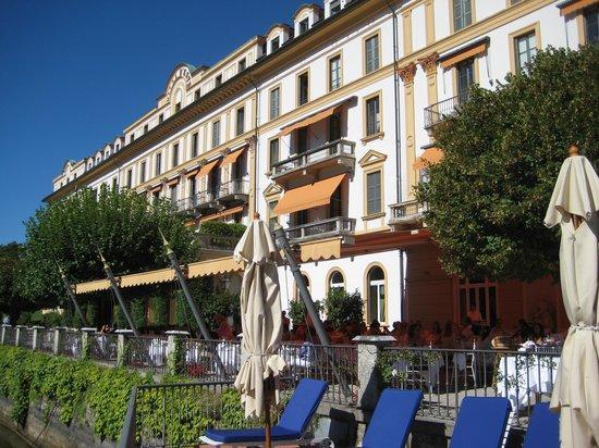 Villa d'Este: Fachada imponente