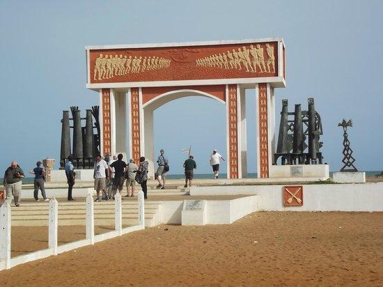 Ouidah, Benin: la porte du non retour