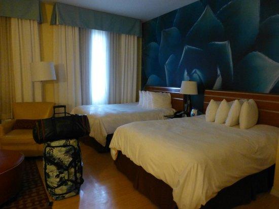 Hotel Indigo San Antonio Riverwalk: Room