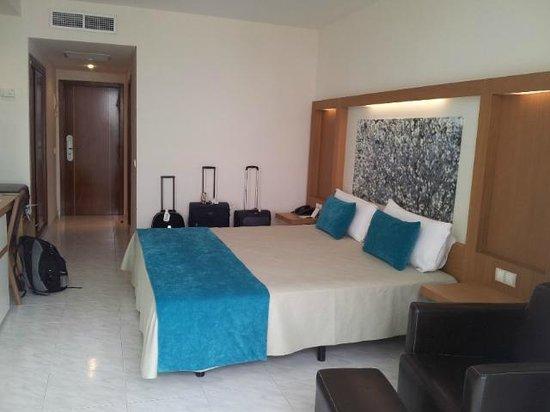 Sirenis Hotel Goleta & Spa: Camera