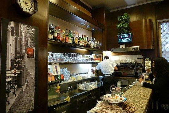 Fizz Bar