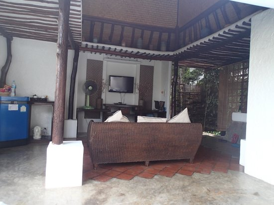 Anankhira Villas : Living room