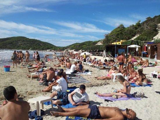 Sa Trinxa Beach Bar: La Spiaggia di Fronte
