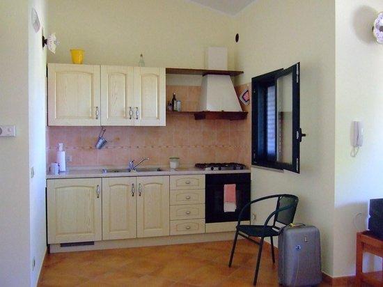 Brezza d'Estate: La cucina del nostro appartamento