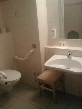 JUFA Hotel Nordlingen: Il Bagno del Jufa