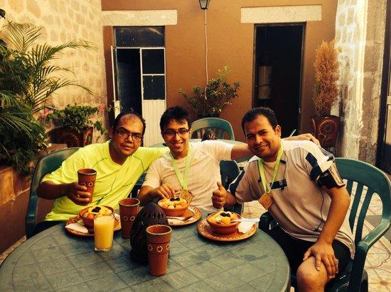 The Only Backpackers Morelia : Nuestro desayuno uffff de lujo