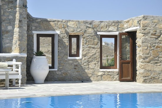 Leonis Summer Houses: Lovely architecture