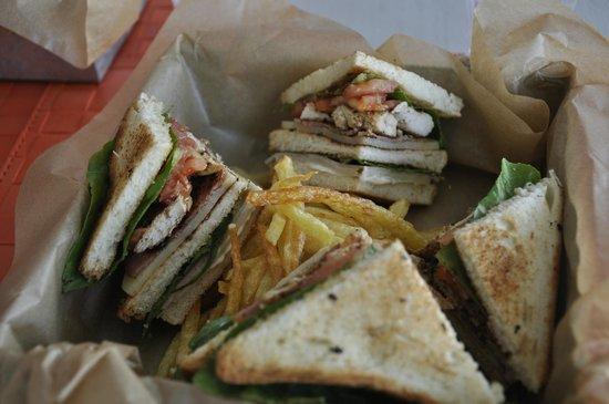 Leonis Summer Houses: Chicken club sandwich by Vangelis