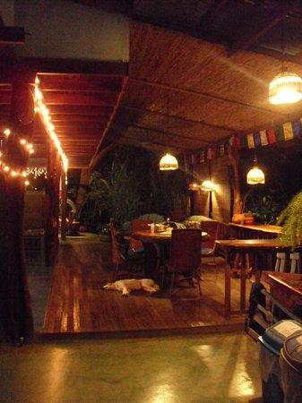 Luna Llena Hotel: Chill out area.