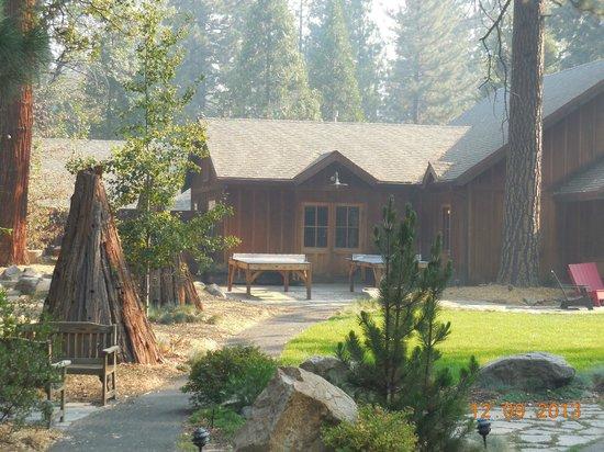 Evergreen Lodge at Yosemite: Freizeit und Verwaltungsbereich