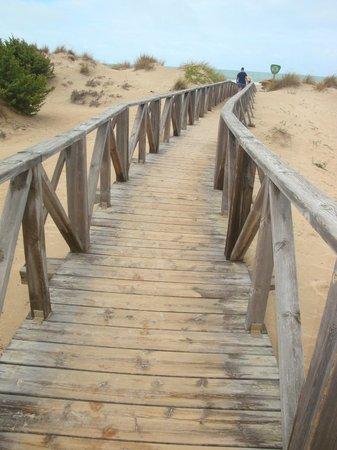 Valentin Sancti Petri Hotel Chiclana: Weg zum Strand