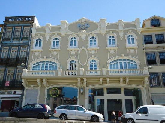 antigo cinema restaurado virou timo hotel picture of moov hotel porto centro porto tripadvisor. Black Bedroom Furniture Sets. Home Design Ideas