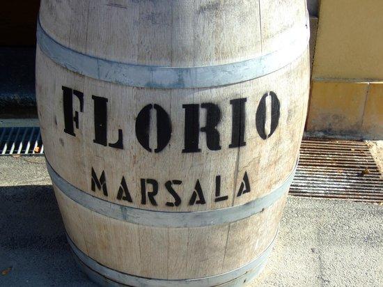 Florio: Entrata alle cantine