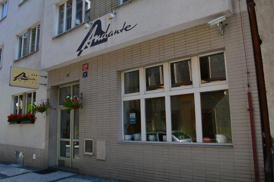 Andante Hotel: 外観
